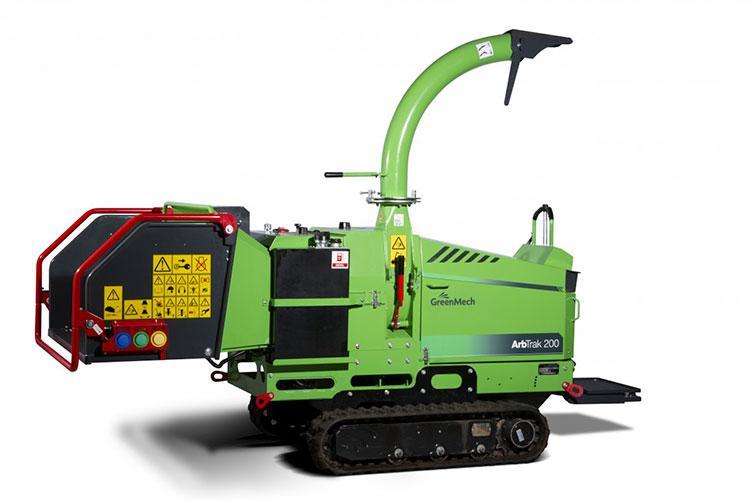 VEGUEMAT - Broyeurs professionnels de branches et de végétaux - GreenMech - ArbTrak 200