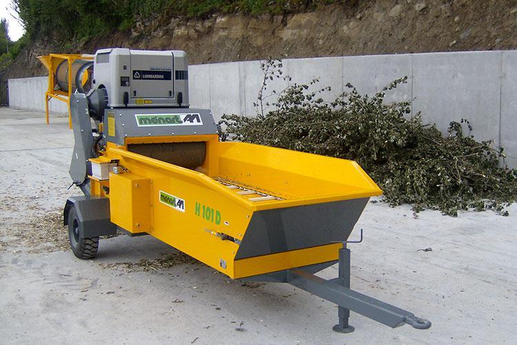 VEGUEMAT - Compostage & Recyclage - Broyeurs agricoles - Broyeurs de déchets verts - Ménart - H101