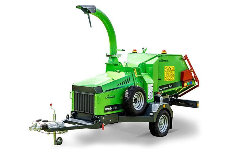 VEGUEMAT - Broyeurs de branches et de végétaux professionnels  - GreenMech - Combi 200 avec tapis ameneur