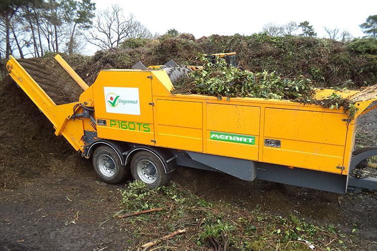 VEGUEMAT - Compostage & recyclage - Broyeur agricole à déchets verts - MENART P160 TS