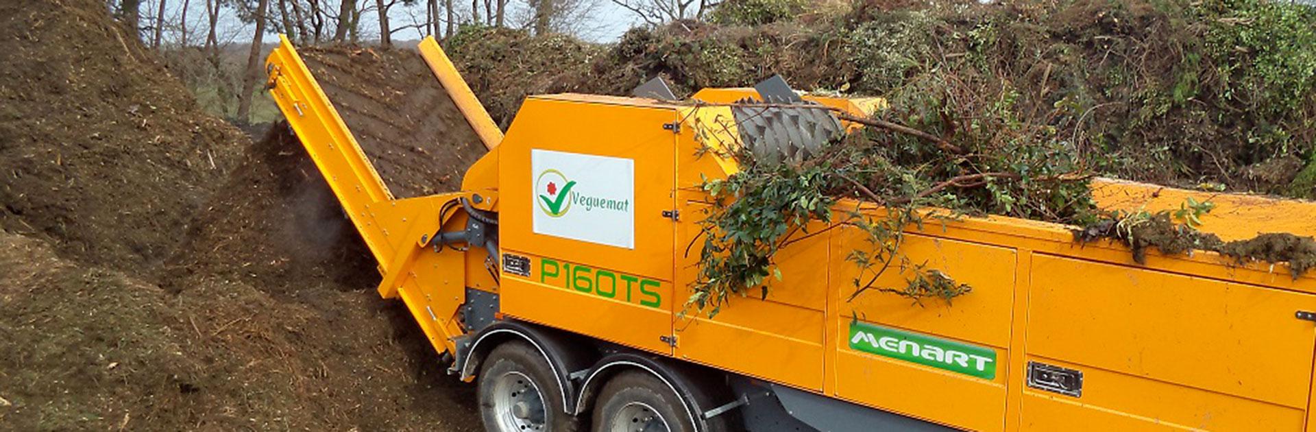 VEGUEMAT - Démonstrations de matériel - Broyeur agricole Ménart en action...